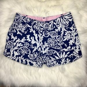 Lilly Pulitzer Barclay Short Blue and white
